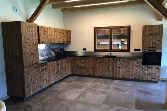 Projet client : Cuisine vieux bois 100% artisanale